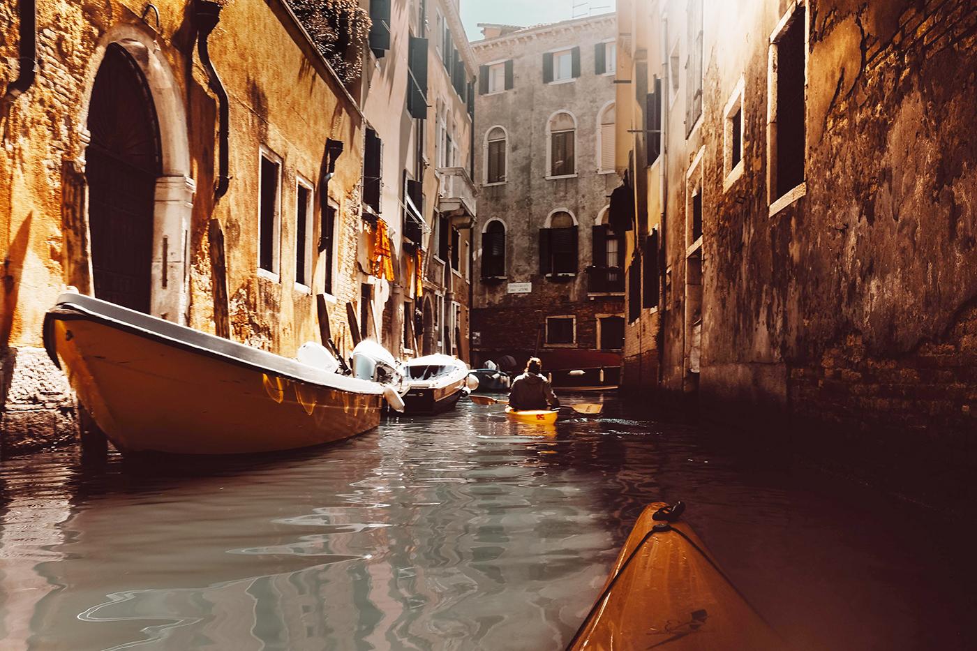 my-wanderlust-notes-tra-i-canali-di-venezia-in-kayak-riflesso